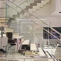 tumi-glass-balustrade-h