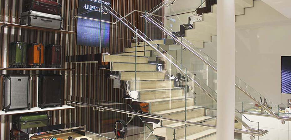 tumi-stainless-steel-glass-staircase-h