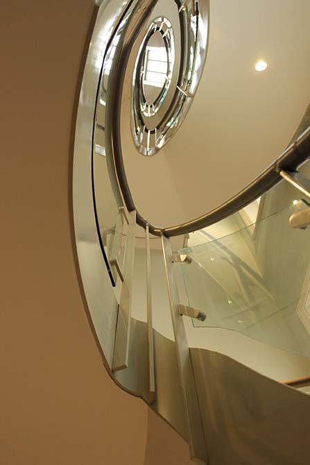 Arkwright glass stair panels