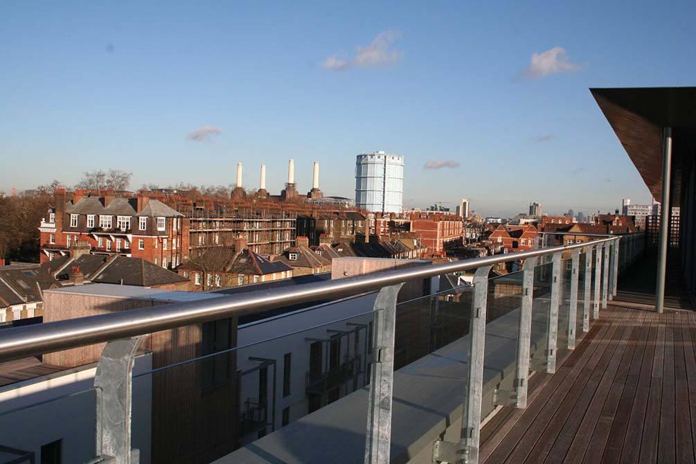 Battersea-external-glass-balustrade-outdoor-glass-balustrade