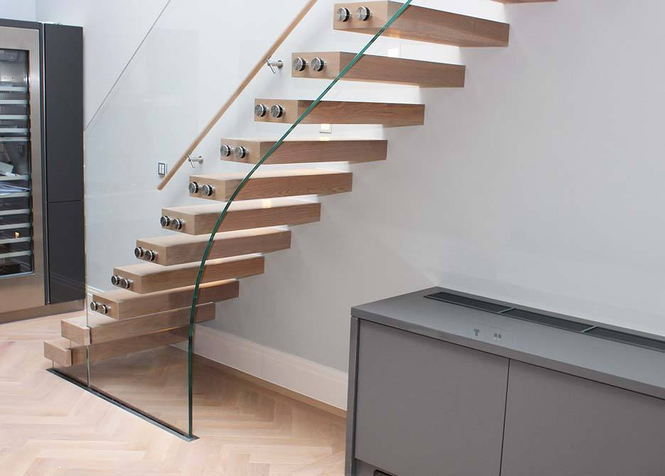 wilton-mews-cantilever-floating-staircase