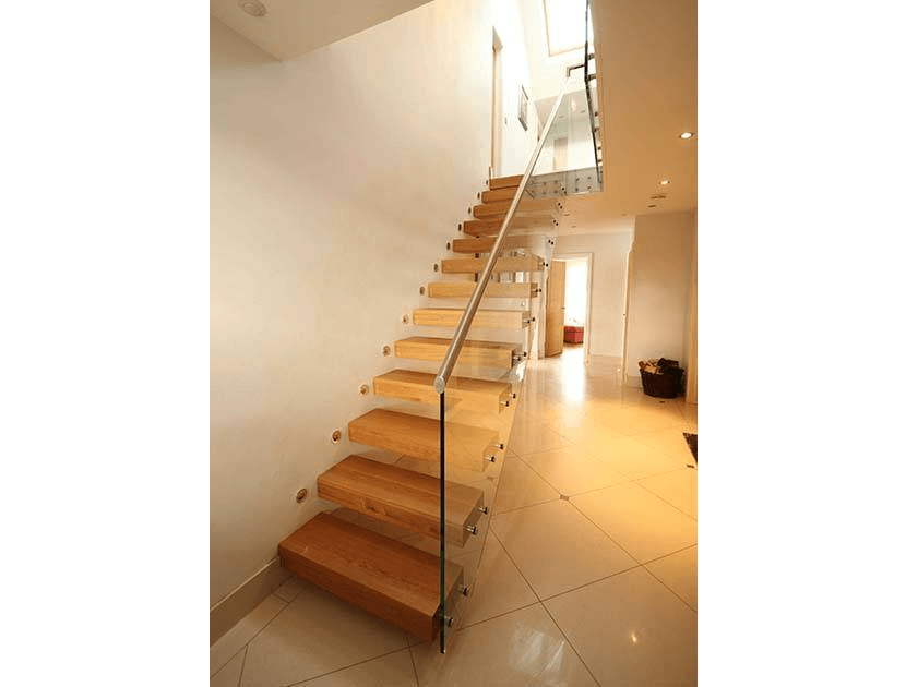 cantilever staircase with glass balustrade