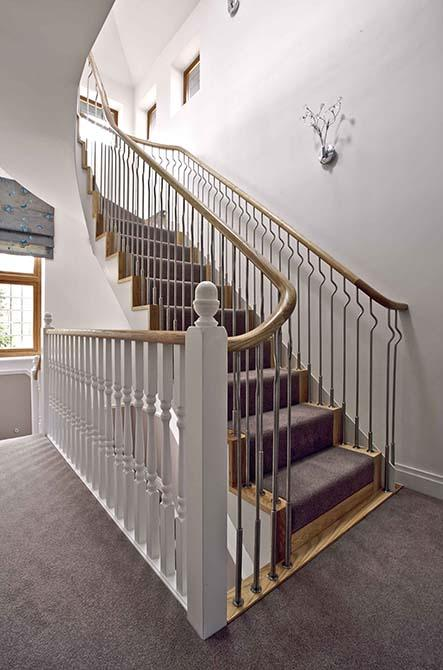 Ash-helical-staircase