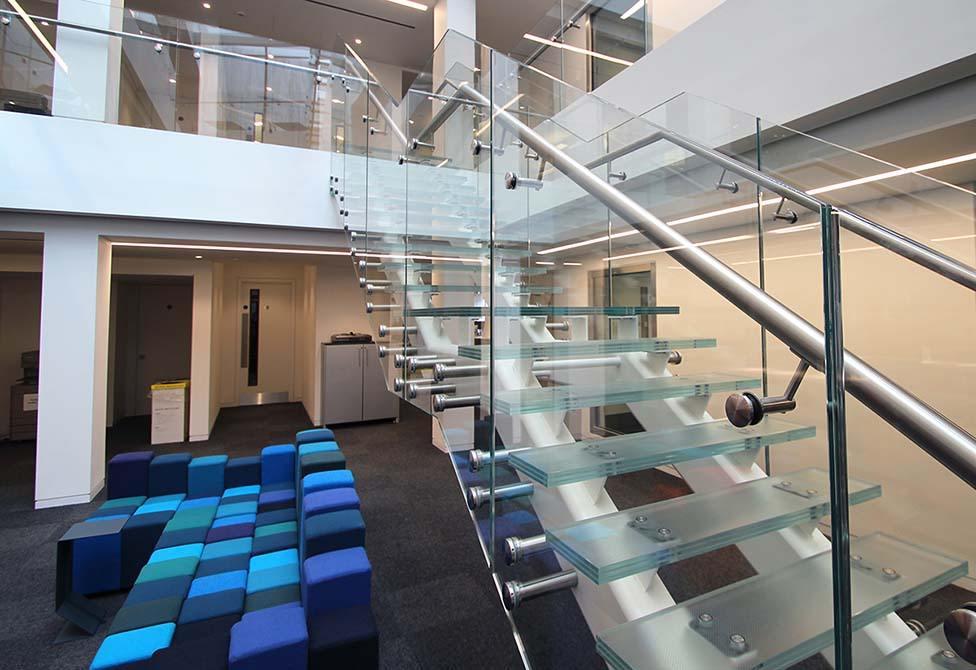 Baker-glass-steel-staircase