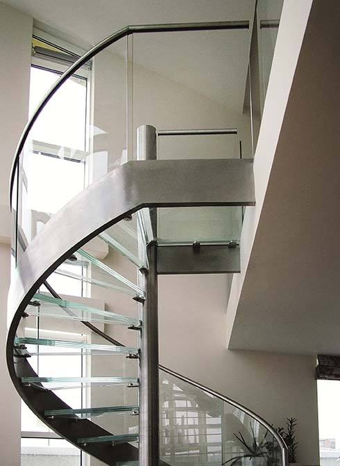 Basin-stainless-steel-staircase