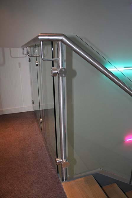 Battersea-glass-balustrades