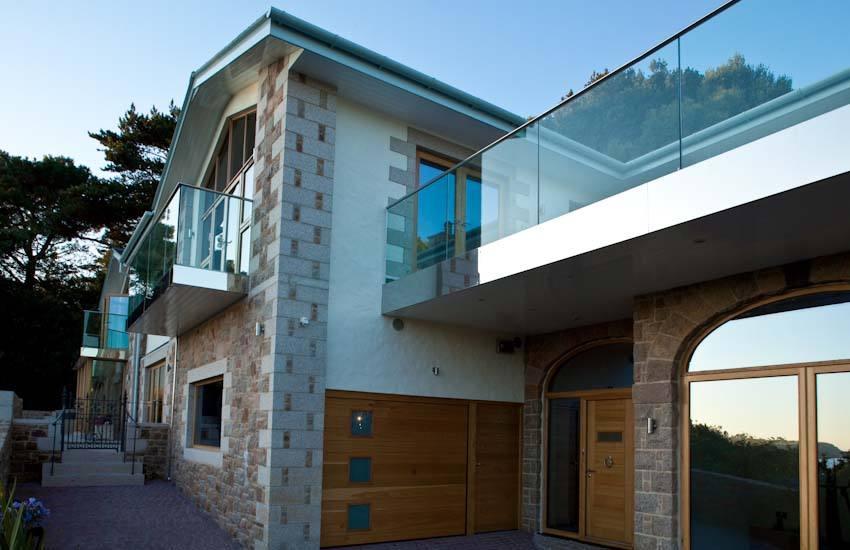 Beach-glass-balustrade-panels