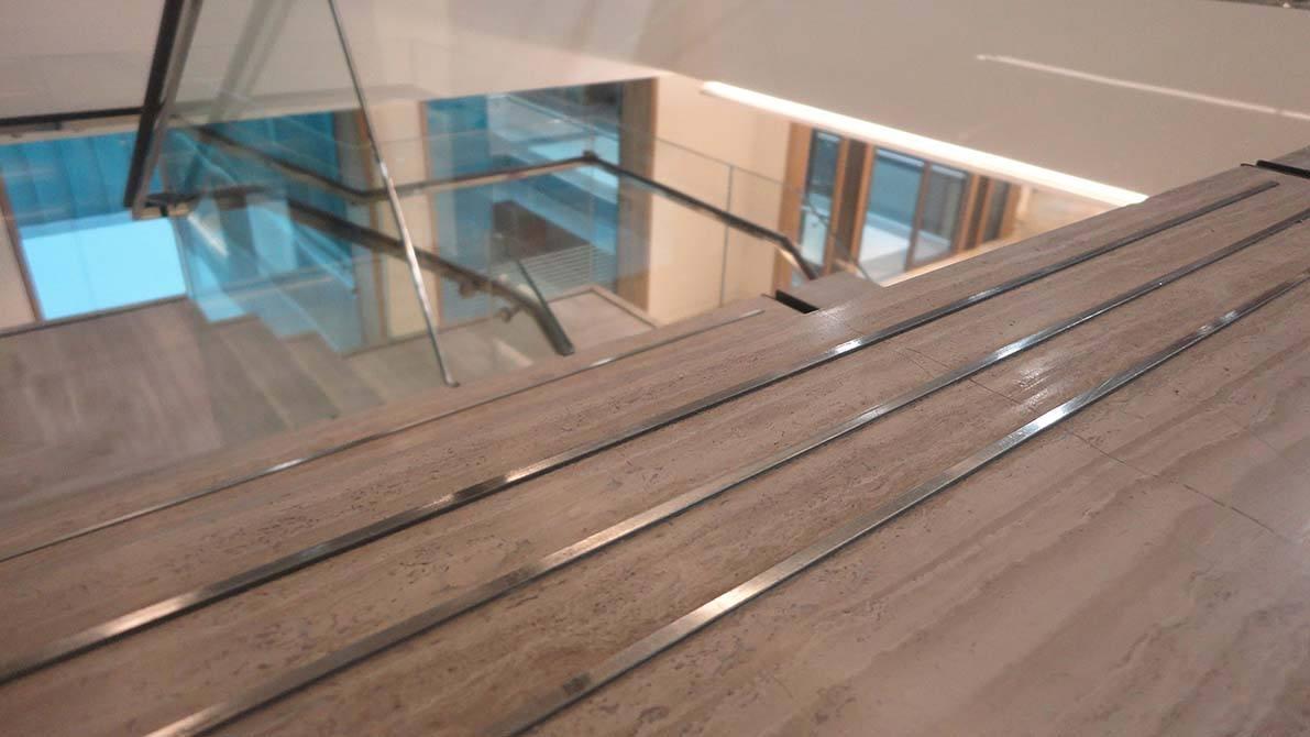 Burlington-stainless-steel-staircase