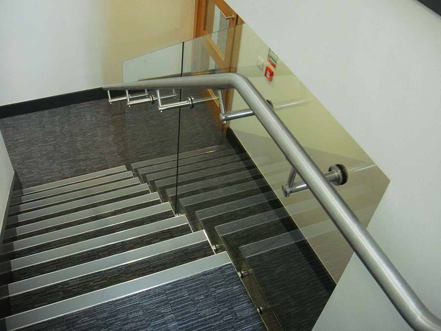 Cappagh-stainless-steel-handrail