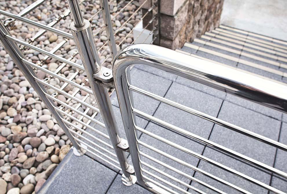 Carlton-stainless-steel-balustrade