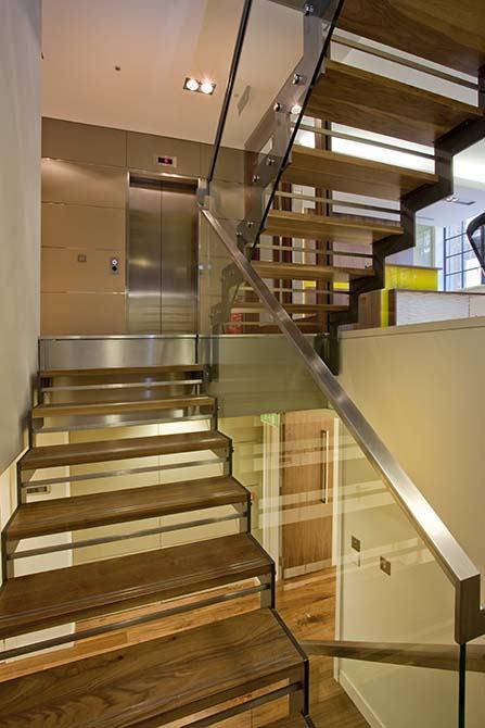 Catherine-bespoke-staircase
