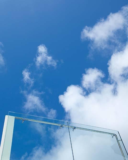 Cliff frameless glass balustrade