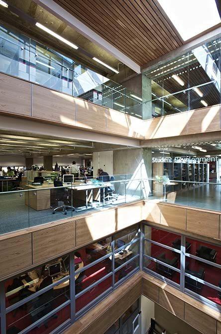 David-Wilson-library-glass-balustrade