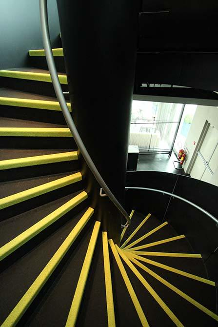 dandd curved spiral staircase