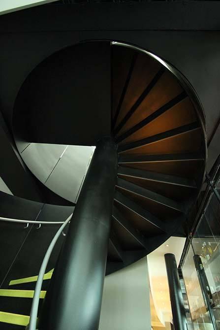 dandd steel stairs