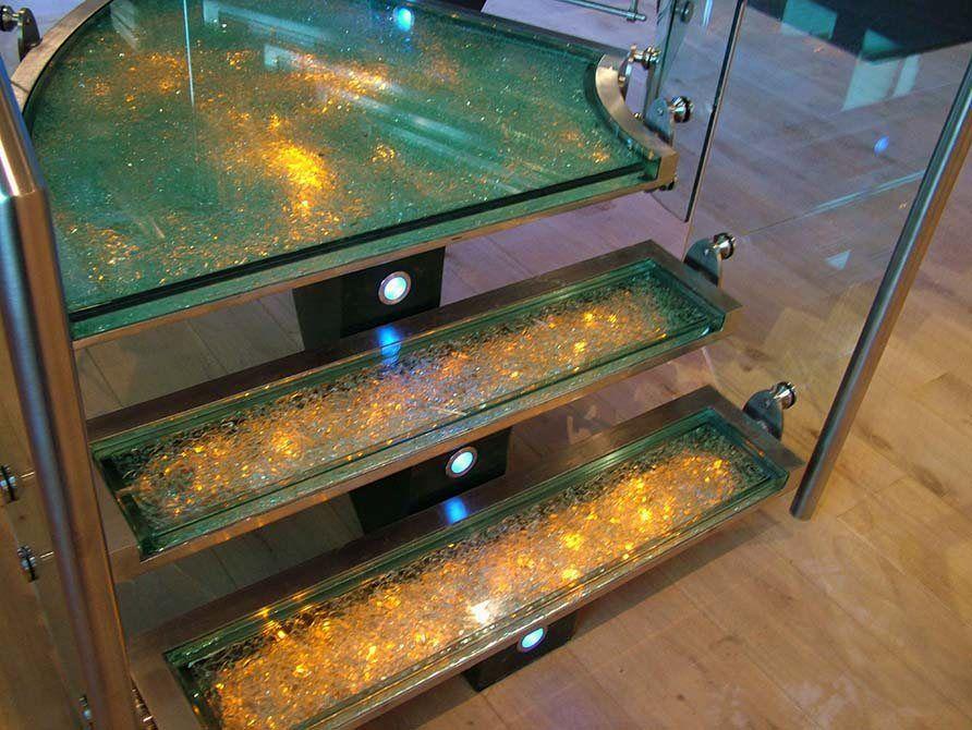 Flint led glass tread staircase
