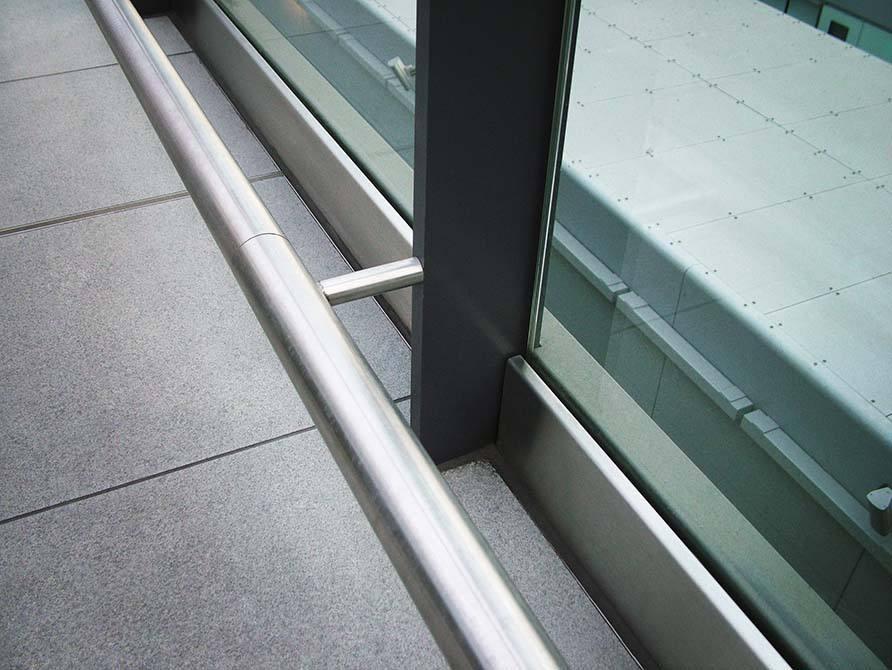 Gatwick stainless steel handrail