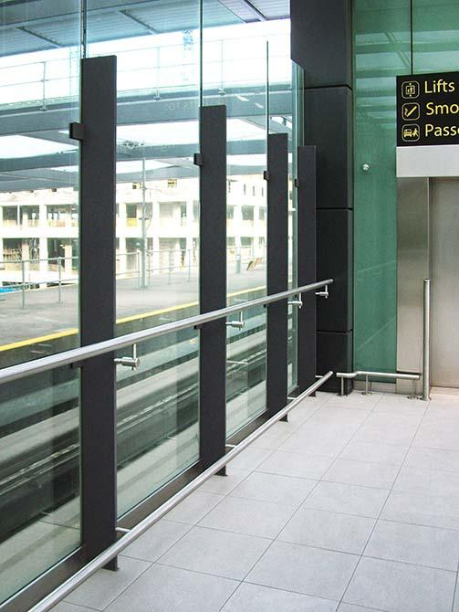 Gatwick structural glass balustrade