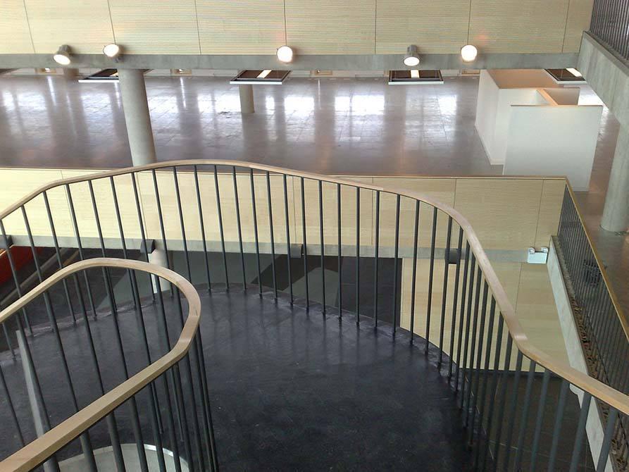 Hanson timber handrail