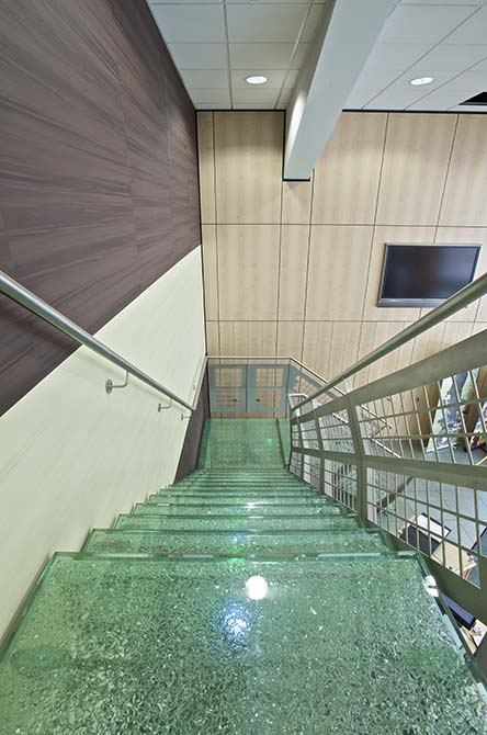 hesco contemporary glass stairs