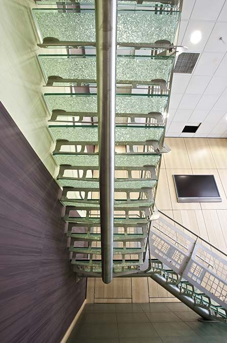 Hesco stainless steel spinal staircase