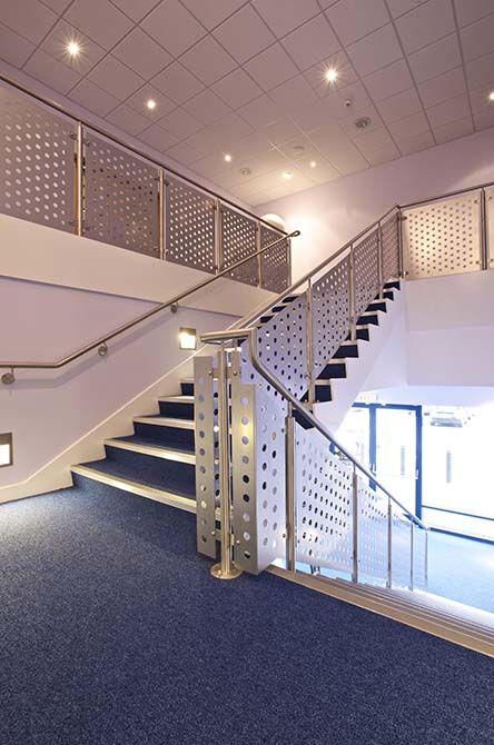 JJB staircase stainless steel balustrade