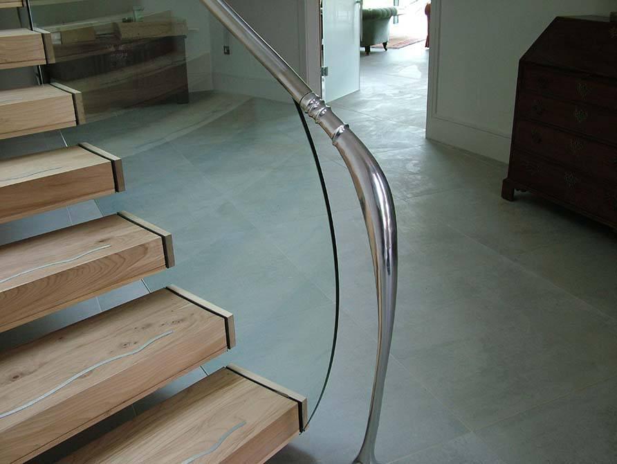 Madden stainless steel handrail