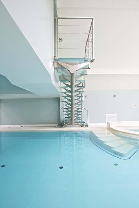 Mapstone custom staircase