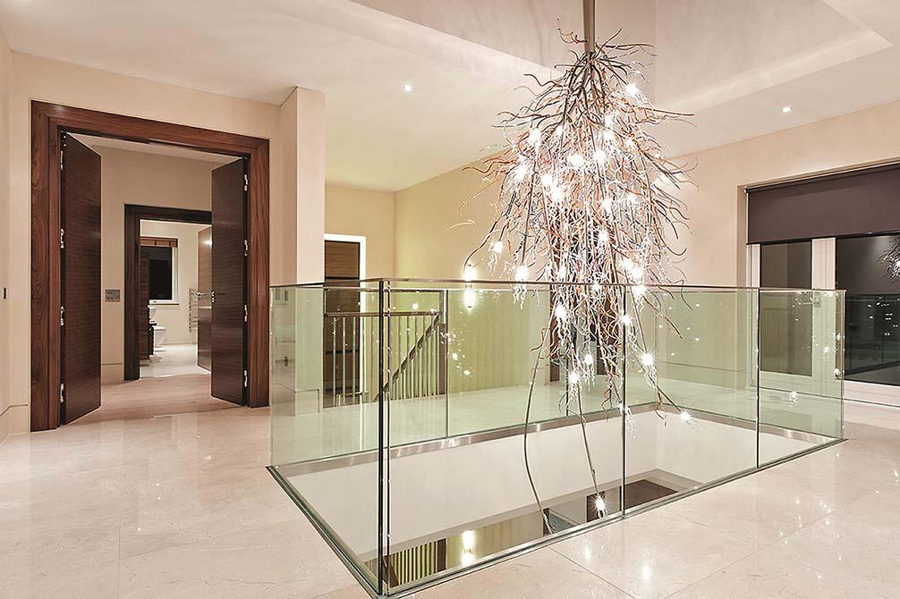 Mole-Hill-steel-glass-balustrade