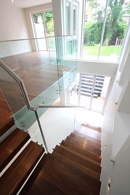 Montague glass balustrade