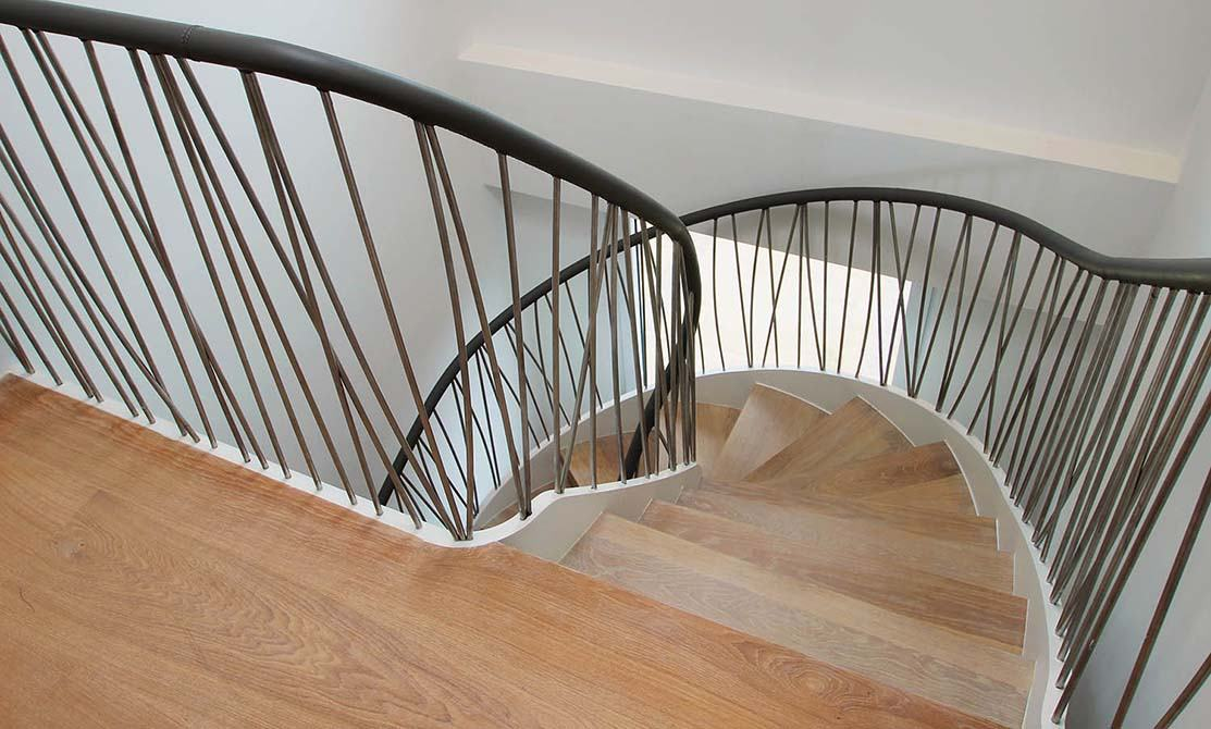 Norfolk-bespoke-metal-balustrade-spindles