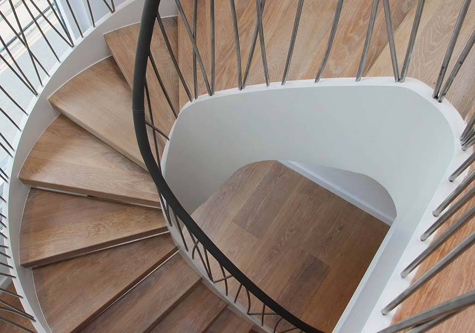 Norfolk-bespoke-staircase