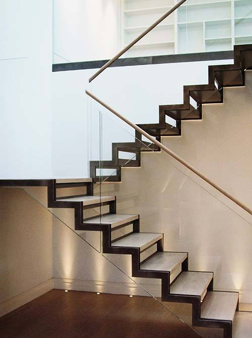 North-Audley-glass-steel-staircase