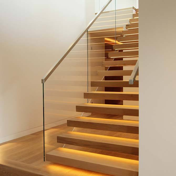 Palace Cantilever Floating Staircase