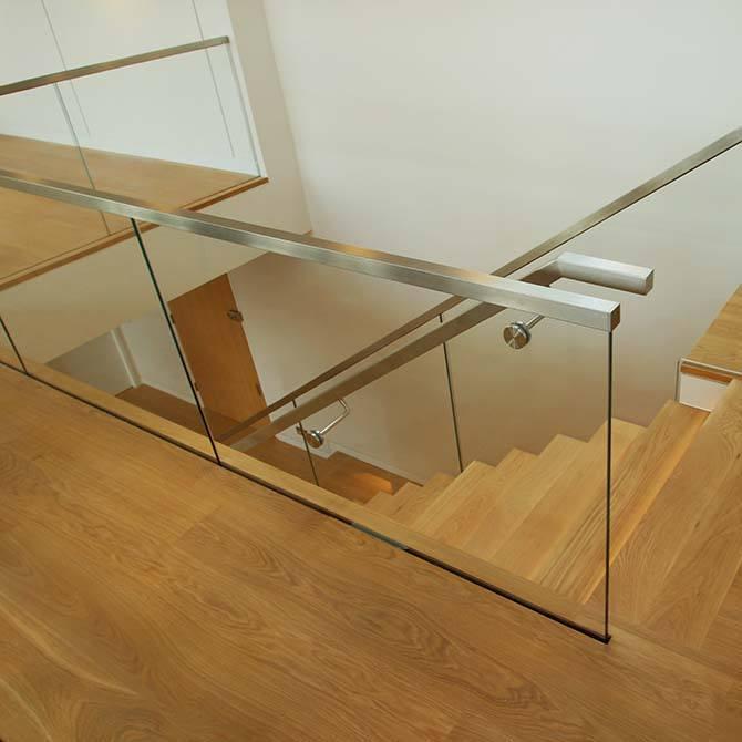 Palace-glass-balustrade
