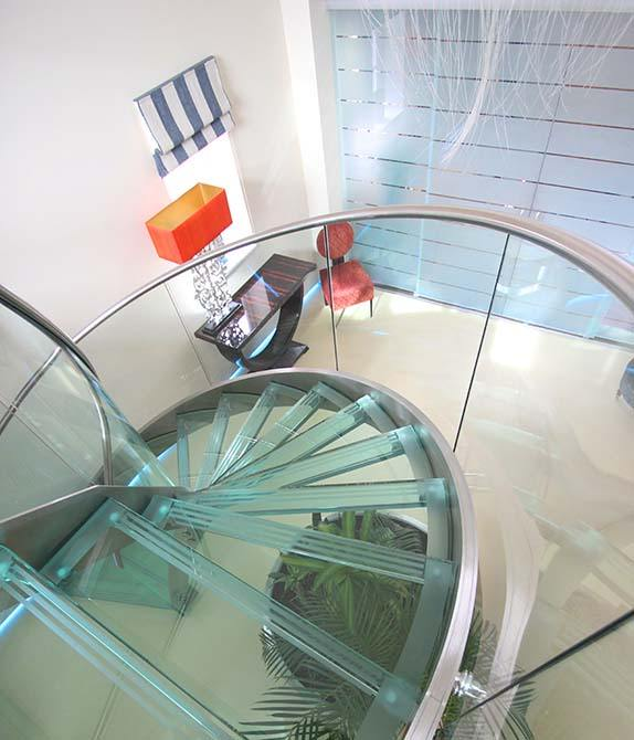 Park-Gate-Helical-Glass-Stair