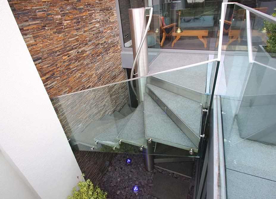 Park-Gate-Stainless-Spiral-Staircase