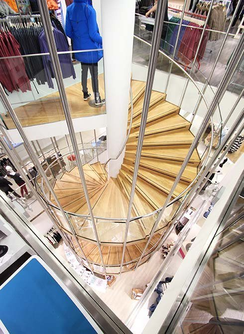 Republic glass stair panels