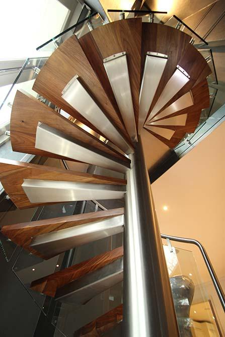 St-Johns-Wood-curved-staircase