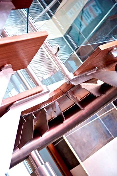 Stanley-stainless-steel-stairs