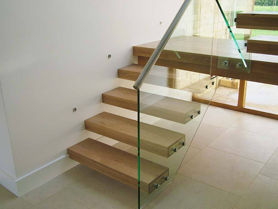Turley: Cantilever Floating Stair & Balcony - Canal
