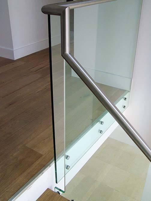 Turley-glass-balustrade