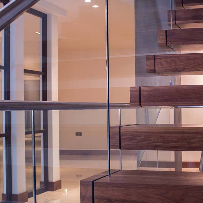 Warrick-floating-staircase