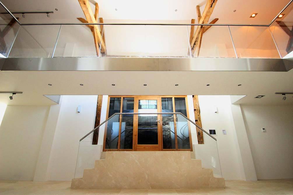 Westwood-glass-balustrade-bridge