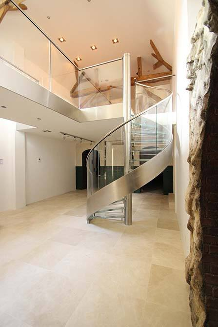 Westwood-stainless-steel-glass-balustrade