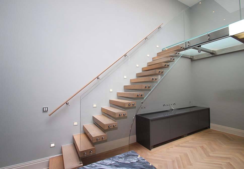 Wilton-Mews-custom-staircase