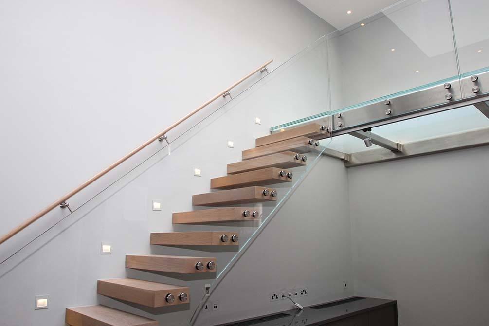 Wilton-Mews-custom-staircases