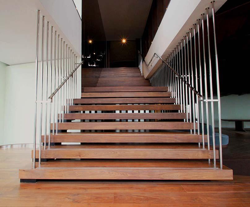 shard-bespoke-custom-staircase