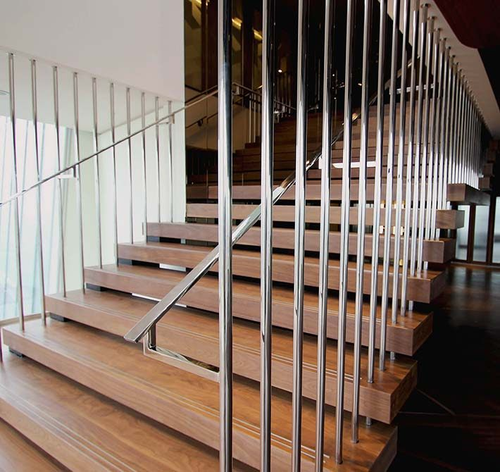 shard-steel-timber-staircase