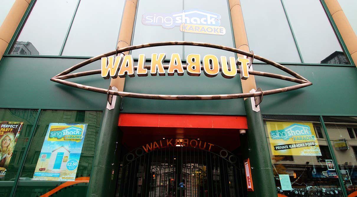 walkabout-nottingham-steel-tube-signage
